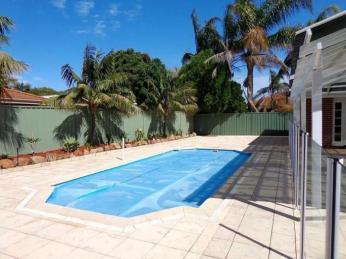 Prestigious Parkside property with a POOL