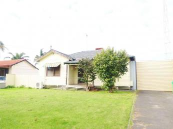 View profile: Great Location in Carey Park