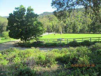 View profile: Fantastic Views of the Darling Escarpment - Location Burekup