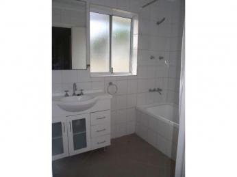 Coolbellup Home With Charm  1 WEEK FREE RENT WITH A 12 MONTH LEASE