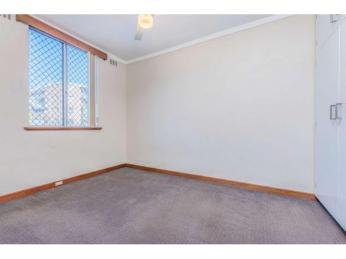 1 WEEK FREE RENT! What more could you ask for?