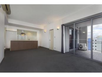 Executive living!  1WEEK RENT FREE WITH A 12 MONTH LEASE