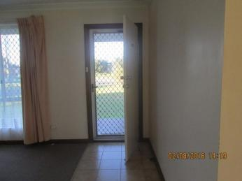 CLOSE TO PARK AND AMENITIES