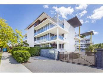 View profile: ***2 WEEKS RENT FREE*** Modern executive apartment with 2 PARKING BAYS and STORAGE