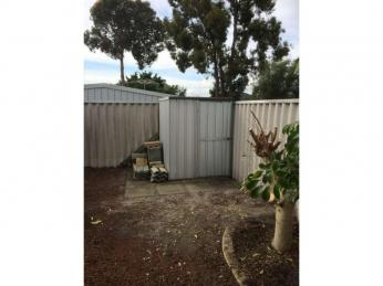 COSY HOME IN COLLEGE GROVE - PETS CONSIDERED