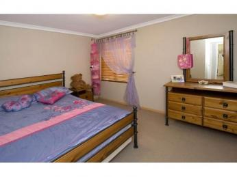 LOVELY 4 X 2 IN SOUGHT AFTER SUBURB