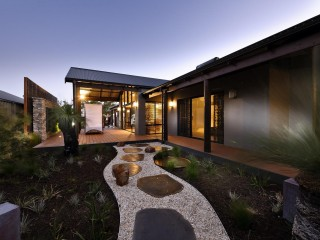 Designer Beachside Ex-Display Home - 8 Colonna Street, Dalyellup