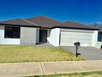 View profile: FAMILY HOME CLOSE TO SCHOOLS AND FREEWAY
