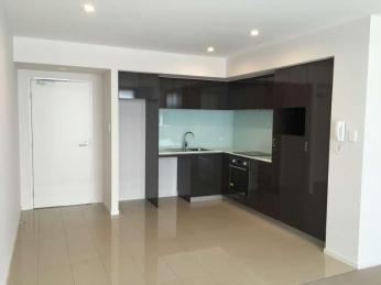 View profile: Pool, Sauna, Activity and Perth balcony views interest you?  BONUS 2 WEEK FREE WITH 12 MONTH LEASE
