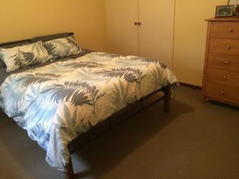 Generous sized 2 Bed Duplex in popular East Bunbury.