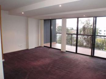 Work in the CBD. No need to drive, you can walk to work from this well appointed apartment....