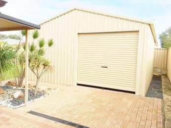 View profile: Lovely 4x2 with side access and a large powered shed - Pets considered