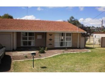 View profile: VERY TIDY DUPLEX WITH WHITE GOODS AND REAR ACCESS - PETS CONSIDERED