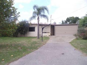 View profile: Coolbellup Home With Charm  1 WEEK FREE RENT WITH A 12 MONTH LEASE