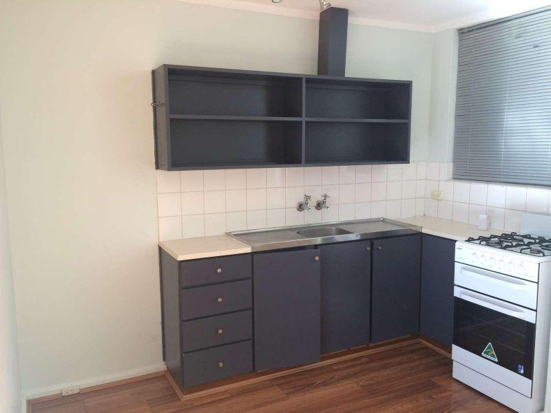 Well Presented Unit in Great Location !