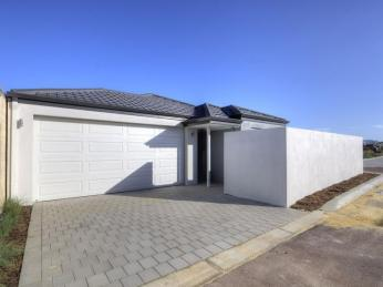 View profile: ***4 WEEKS' RENT FREE!!***Contemporary Coastal Living
