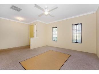 Well presented, spacious home!