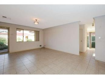 Lovely Villa Situated in a Tidy Complex.