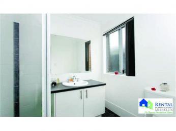Beautiful 3 bedroom 2 bathroom home!!