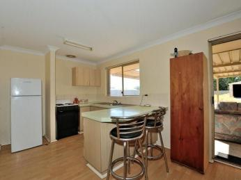 A Neat & Tidy Home on a Huge 1046m2 Block
