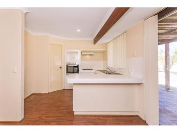 Neat and tidy home waiting for you!