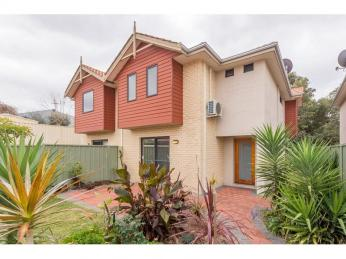 View profile: Freshly Painted Townhouse In Sought After Area