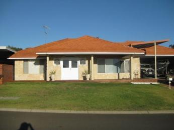 View profile: WOW IT HAS A SWIMMING POOL!  SUMMER CAN START
