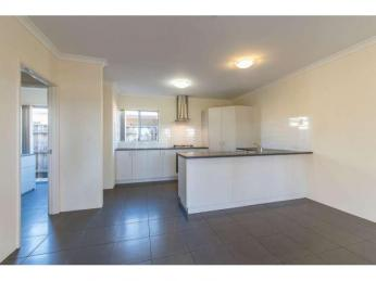 Excellent 3x2 home in Charlotte's Vineyard